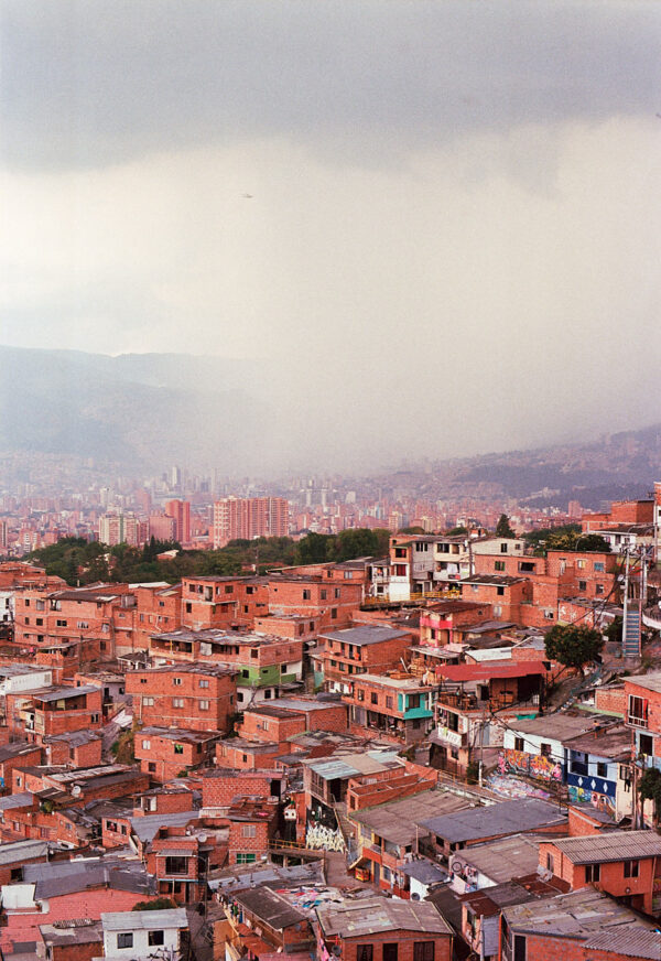 comuna-13-medellin-colombia-by-icarium-imagery-90